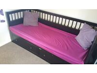Double bed Room in 3 bed family house (short Term Rent) Bradley Stoke