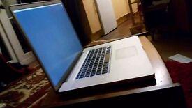 2010 Macbook Pro 17 - Intel i7 - 8GB Ram - 500 GB SSD Hard Drive - Immaculate
