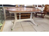 Oak Top Drop Leaf Dining Table in Great Condition
