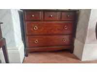 Stag Minstrel 5 Drawer Chest In Excellent Condition