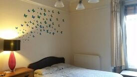 LARGE SPACIOUS STUDIO STYLE DOUBLE ROOM ON WESTLEIGH ROAD ,ALL BILLS INCLUDED £460