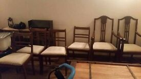 2 antique carver chairs and 4 additional dining chairs in lovely condition