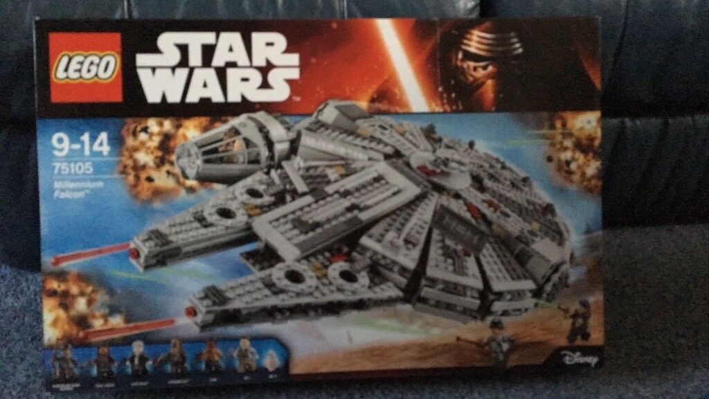 Star Wars 'Millenium Falcon' Lego set