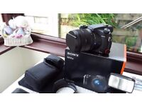 SONY RX10III + EXTRAS (IMMACULATE)