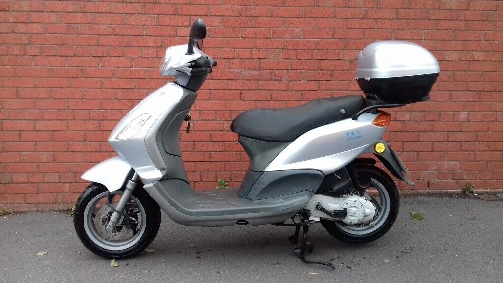 piaggio fly 2007 50cc 4 stroke moped scooter in sparkhill west midlands gumtree. Black Bedroom Furniture Sets. Home Design Ideas