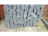 Large quantity of edging bricks