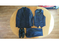 BOYS NAVY BLUE SUIT AND LEATHER SHOES