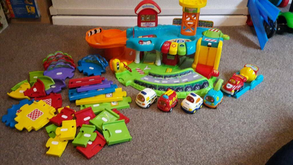 VTech Toot-Toot garage set
