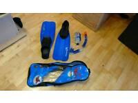 Snorkel and flipper set Size 8 - 10 UK