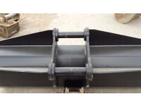 Brand new unused 6ft ditching bucket for 13 ton excavator on 65 mm pins