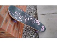 Moxie Girlz Skateboard - for girl's aged 8+ hardly used in very good condition
