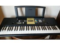 Yamaha keyboard. YPT-220 Excellent condition