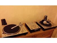 2x RELOOP RP 1000 MK 3s + Numark DM 950 + HEADPHONES + 56 Vinyls house-club + (RELOOP MIXER )