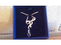 NEW SWAROFSKI CRYSTAL PENDANT NECKLACE..GREAT CHRISTMAS GIFT..BARGAIN