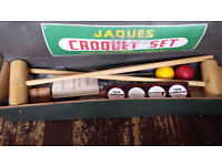 """CROQUET """" JAQUES """" COMPLETE SET WOOD BOXED SET UP ON GRASS/LAWN"""
