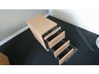 Desk pedestals/ filing cabinet
