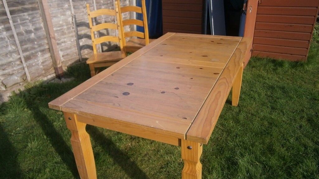 dining table and chairs buyer must collect