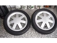 Quinny Buzz Pair Rear Wheels, good used condition, good tyres.