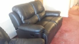 Harvey's/reids brown leather recliner sofa