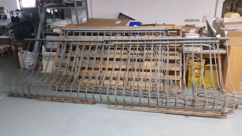 gel nder zaun verzinkt balkon schmiedeeisen verschn rkelt in hessen sch neck heimwerken. Black Bedroom Furniture Sets. Home Design Ideas
