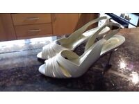 Size 3 cream Italian leather sandals - worn once