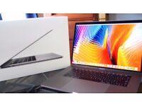 "MacBook Pro 15.4"" Retina Touchbar 2017 - Like New!"