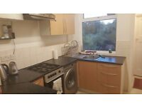 ***Well Presented 2 Bedroom maisonette to rent in Northolt***