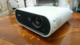 Sony VPL-EX7 Projector