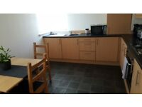 Bright spacious ground floor 3 bed flat to rent