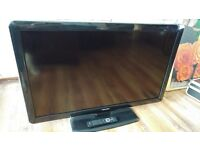 """PHILIPS 42"""" LCD TV IN 100% WORKING ORDER"""