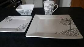 Crockery set - Square / Floral / White
