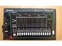 Roland TR-8 Drum Machine / Rhythm Performer || Like-new condition