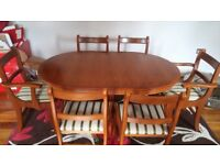 Extending Dining Table With 4 Chairs And 2 Carver