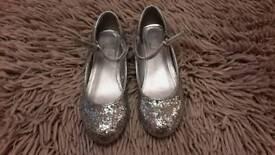 Childs Designer dress shoe size 13 Silver