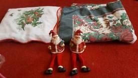 Christmas decs 2 x santa and 2 x table cloths