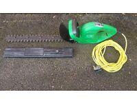 Preformence power hedge trimer in very good condition ! fully working! can deliver or post!