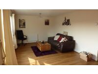UXBRIDGE - 2 bedroom flat