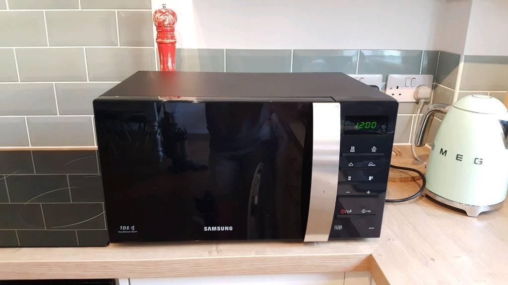 Samsung Microwave Me76v 01