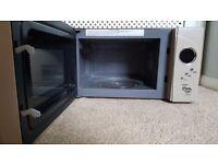 Next 800W microwave