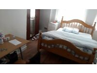 Double room flat share in Chelsea