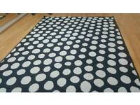 v modern stylish big beautiful black & white low pile rug in 133/ 195cm