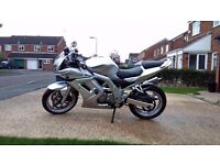 Suzuki SV650S new tyres and brakes, free service kit included, immaculate condition.