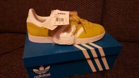 Mens adidas gazelle originals size 8