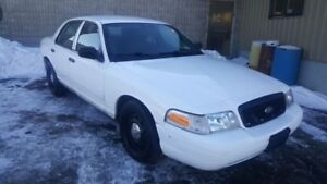 NEW SAFETY 2011 Police Crown Victoria 170K DEAL $2950!