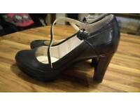 Ladies black clarks shoes size 5.5