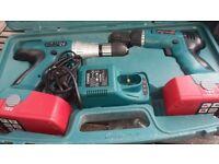 power drill & driver 18 volt.