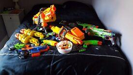 Lots of Nerf Guns & Bullets!!