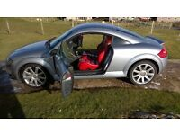 Audi tt in excellent condition. Mot till Dec 17. 225 bhp. Red leather heated seats, cd changer.