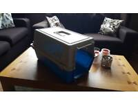 Pet carrier box - pick up only Dunfermline