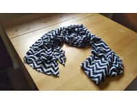 Dark blue and white scarf. 50p